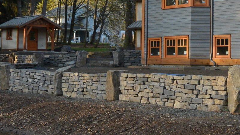 Basalt Dry Stack Retaining Walls for Backyard Landscaping Project